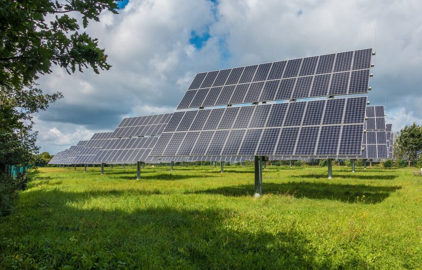Why Aren't Solar Panels Everywhere? - Institute on the Environment